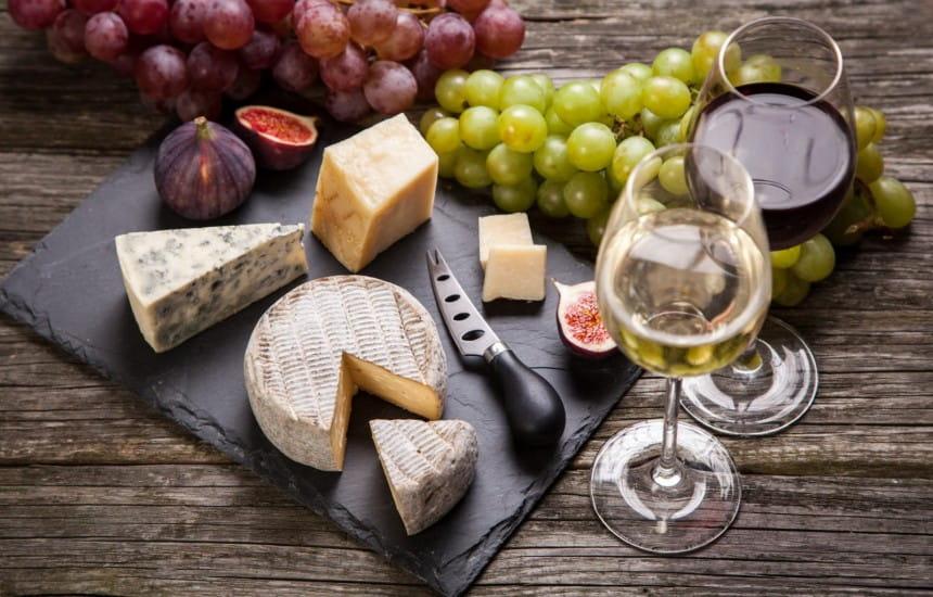 Les meilleurs snacks à associer à vos vins