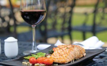 7 styles de vin à associer avec le poisson