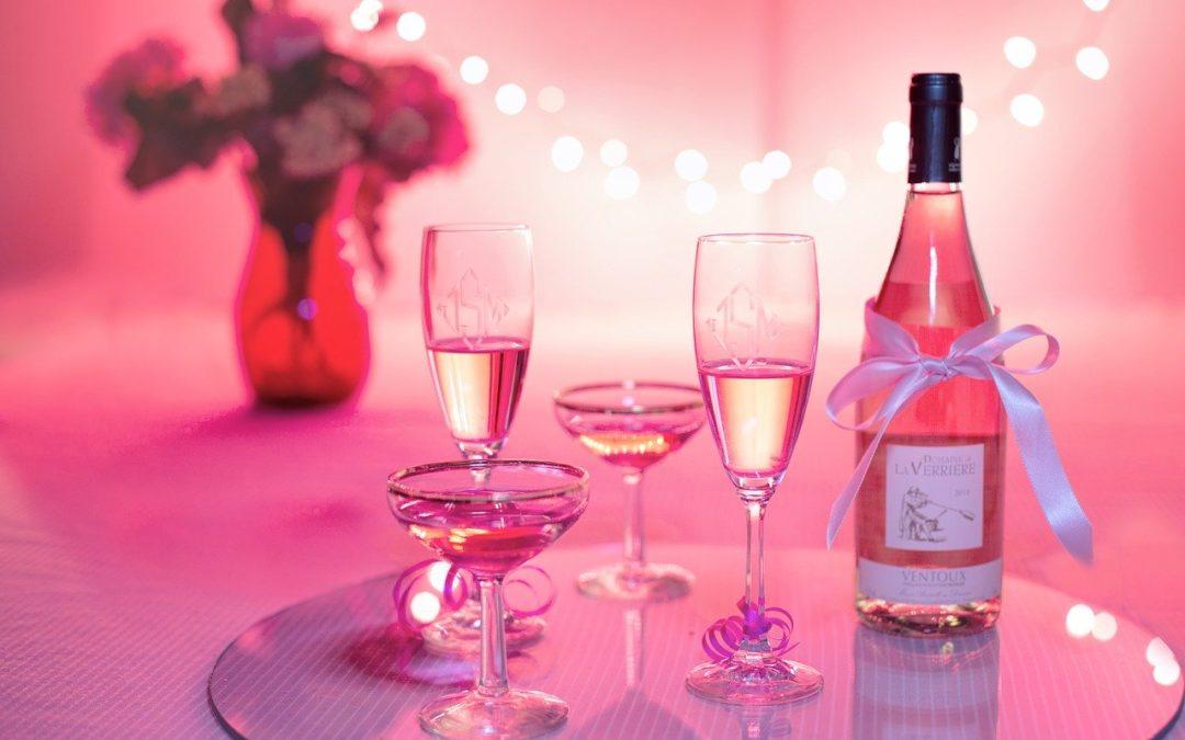Quelles idées cadeaux de vin pour ravir vos proches?