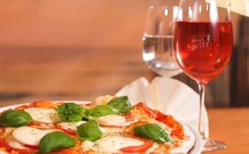 Quel vin italien boire avec une bonne pizza ?