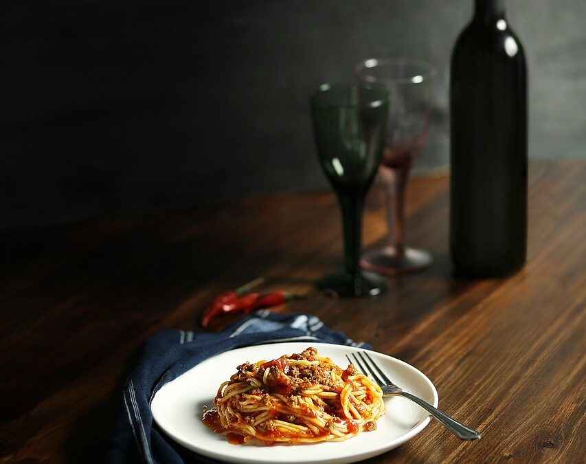 Mets et vins accords parfaits : Voici comment associer le vin à la nourriture