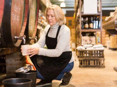 Vendre du vin en vrac, une nouvelle demande des clients aux commerçants viticoles